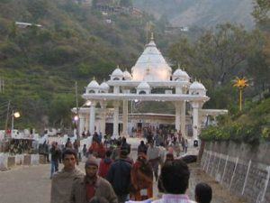 #VaishnoDevi यात्रा बहाल