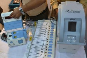 #Kanpur: booth EVM of Ghatampur spoiled