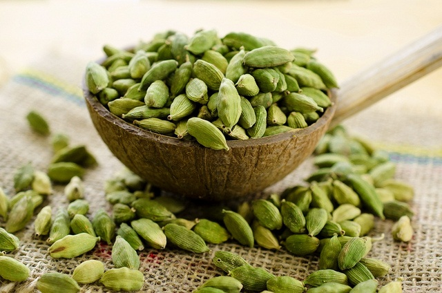 #HEALTH: Just eat a small cardamom at night, you will be surprised knowing the benefits