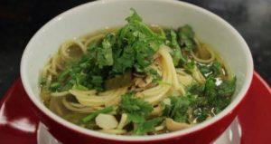 हरी सब्जियों के साथ बनाएं स्पैशल नॉन-वेज सूप #Thupka