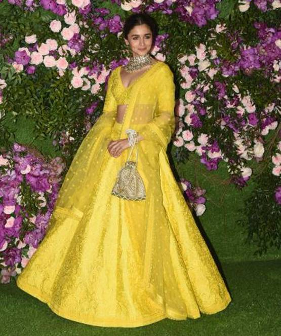 # Filmfare2020: #Actress appeared in this look on the red carpet, see pics