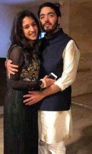 These pictures of #Anant Ambani & Radhika ...