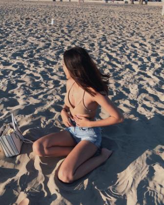 #Aaliya shared hot bikini photo