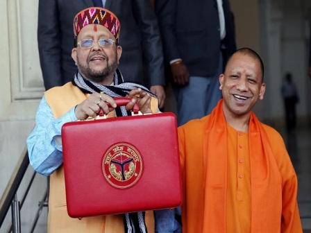10 big announcements of Yogi government in #UP Budget 2021