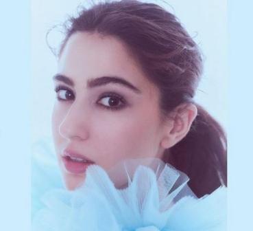 Sara Ali Khan's Cinderella Look, Photos ...