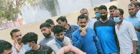 seven-associates-of-vikas-dubey-recovered-from-the-stock-of-stf-accessories-including-automatic-rifle